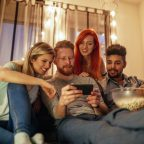 how to watch movies with friends